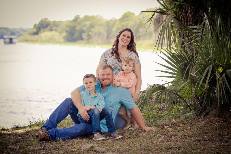 """Hontoon Island"" ""DeLand Photographer"" ""Family photos in DeLand"" ""Volusia County Photographer"" ""Family photos"" ""Florida Family Photographer"""